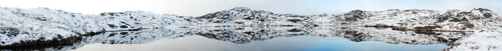 Pond above Lake Tasersuaq